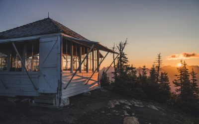 A Guide to Backpacking to Winchester Fire Lookout